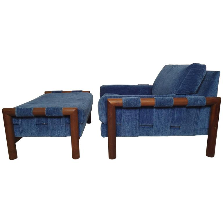 Mid Century Modern Lounge Chair with Ottoman For Sale at 1stdibs