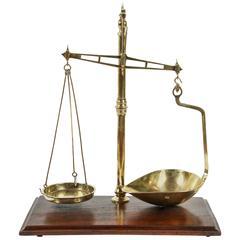 W & T Avery, Ltd. Balance Scale