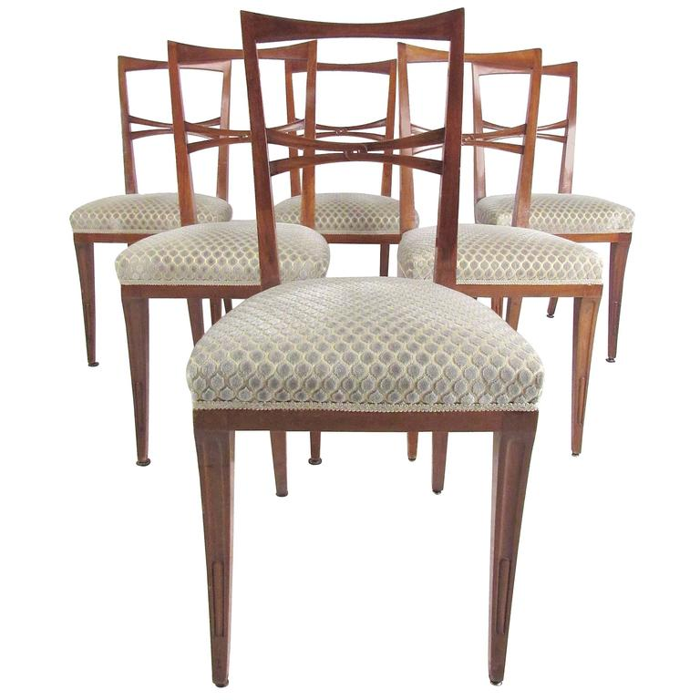 Set of Mid-Century Modern Italian Dining Chairs in the Style of Gio Ponti
