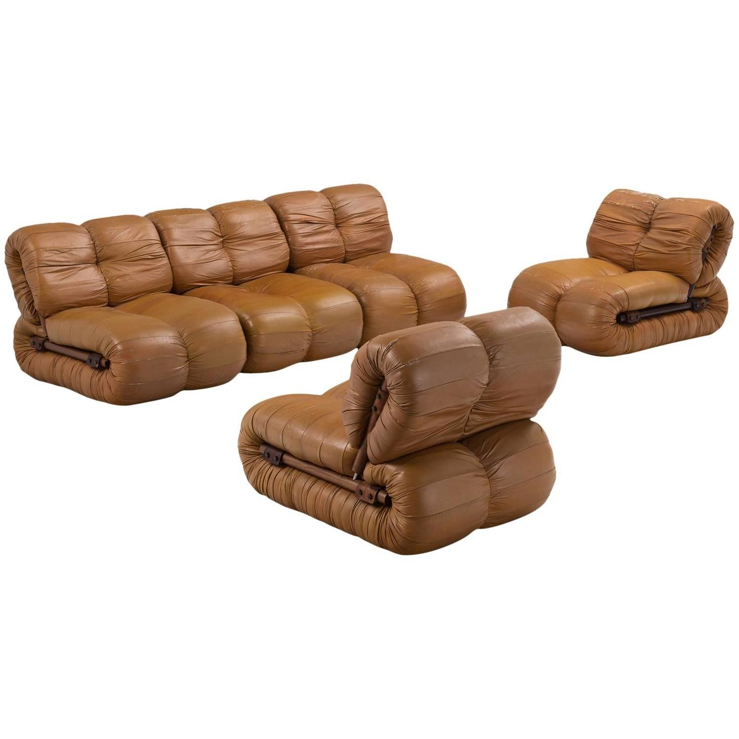percival lafer modular sofa in rosewood and cognac leather for sale at 1stdibs. Black Bedroom Furniture Sets. Home Design Ideas