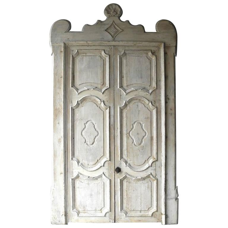 Antique Pair of Grand 18th Century Doors from Naples, Italy with Crown Frame 1
