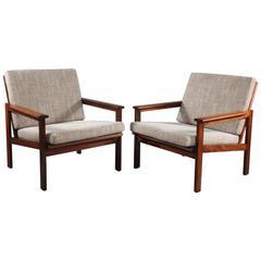 Charming Pair of Danish Rosewood Armchairs Designed Illum Wikkelsø