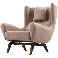 Illum Wikkelsø Wingback Chair in Rosewood and Fabric Upholstery