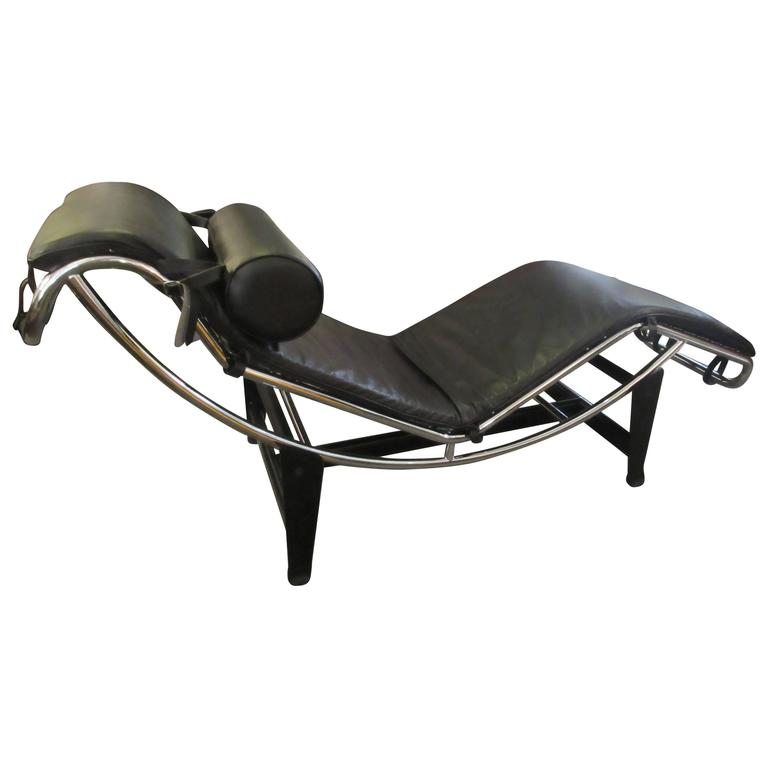 Le corbusier lc4 chrome and leather chaise longue at 1stdibs for Chaise le corbusier lc4