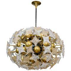 Exceptional Chandelier with Pieces in Murano Glass