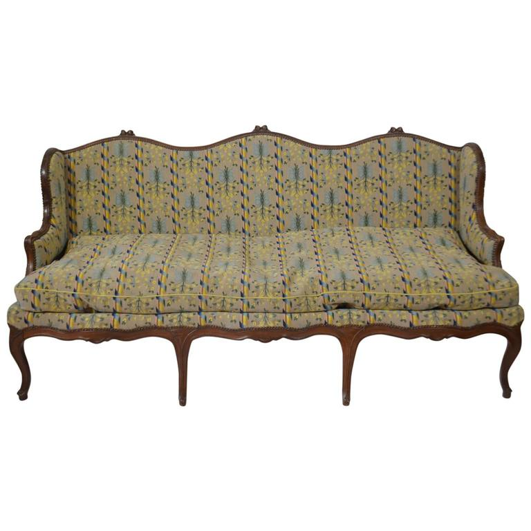 louis xv canape in walnut for sale at 1stdibs. Black Bedroom Furniture Sets. Home Design Ideas
