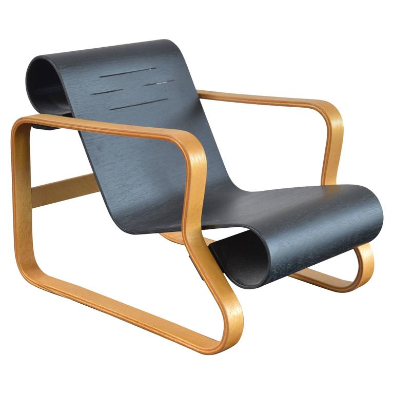 Alvar aalto nr 41 paimio miniature chair at 1stdibs for Alvar aalto chaise