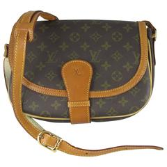 Louis Vuitton Vintage Iconic LV Logo Monogram Saddle Shoulder Bag