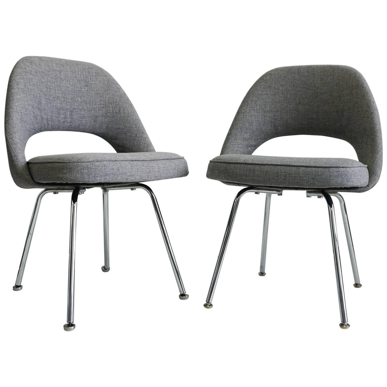 Saarinen executive armless chairs for sale at 1stdibs for Saarinen executive armless chair