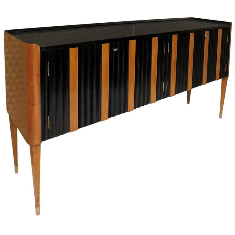 1940 Cherry and Black Lacquer Italian Art Deco Sideboard
