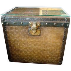 1890s Woven Canvas Louis Vuitton Tisse Monogram Steamer Hat Trunk Side Table