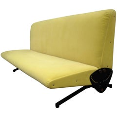 Italian Midcentury D 70 Sofa / Bed by Osvaldo Borsani for Tecno, New Upholstery