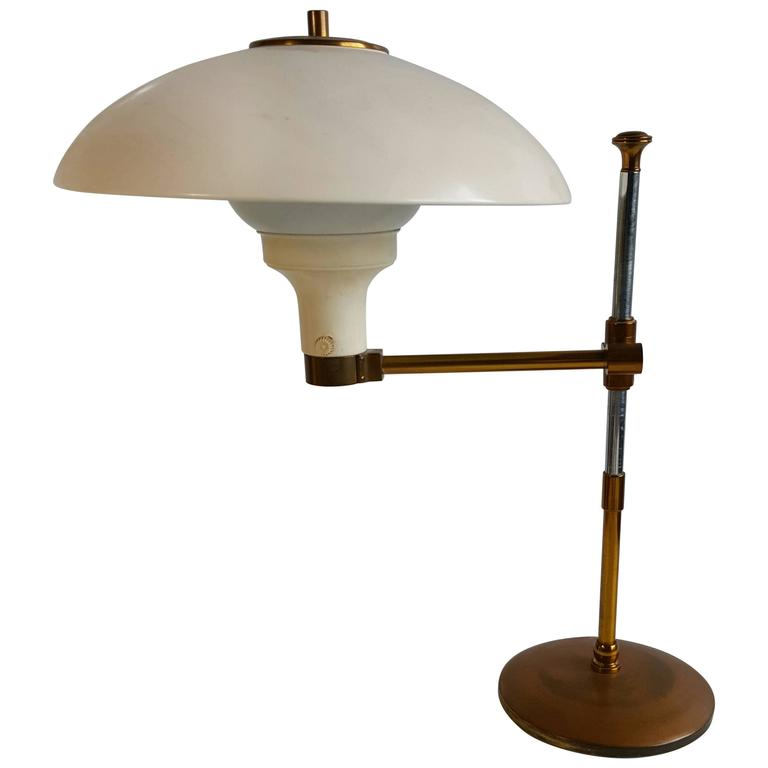 paavo tynell adjustable swing arm desk table lamp for sale at 1stdibs. Black Bedroom Furniture Sets. Home Design Ideas