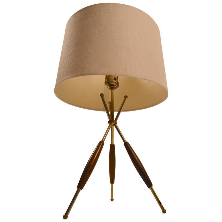 Thurston For Lightolier Tri Pod Table Lamp For Sale At 1stdibs