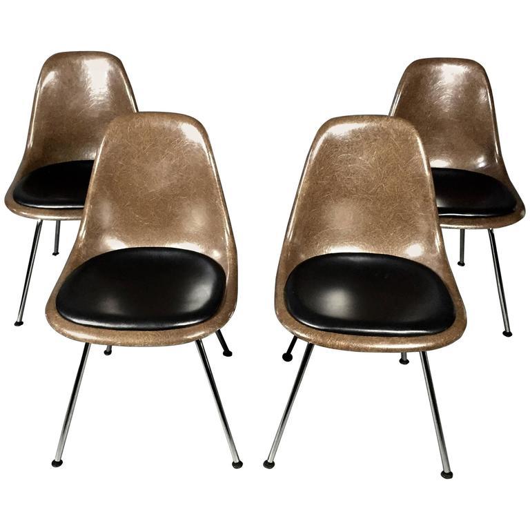 charles and ray eames fiberglass shell chairs vitra base