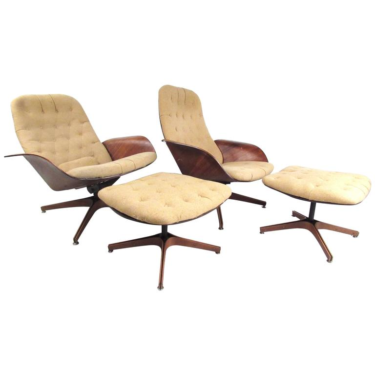 Pair Of Mid Century Modern Swivel Lounge Chairs By George Mulhauser
