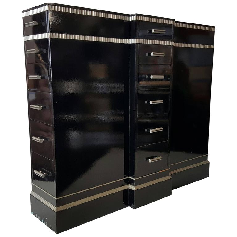 art deco machine age skyscraper 18 drawer lingerie chest dresser by kittinger for sale at 1stdibs. Black Bedroom Furniture Sets. Home Design Ideas