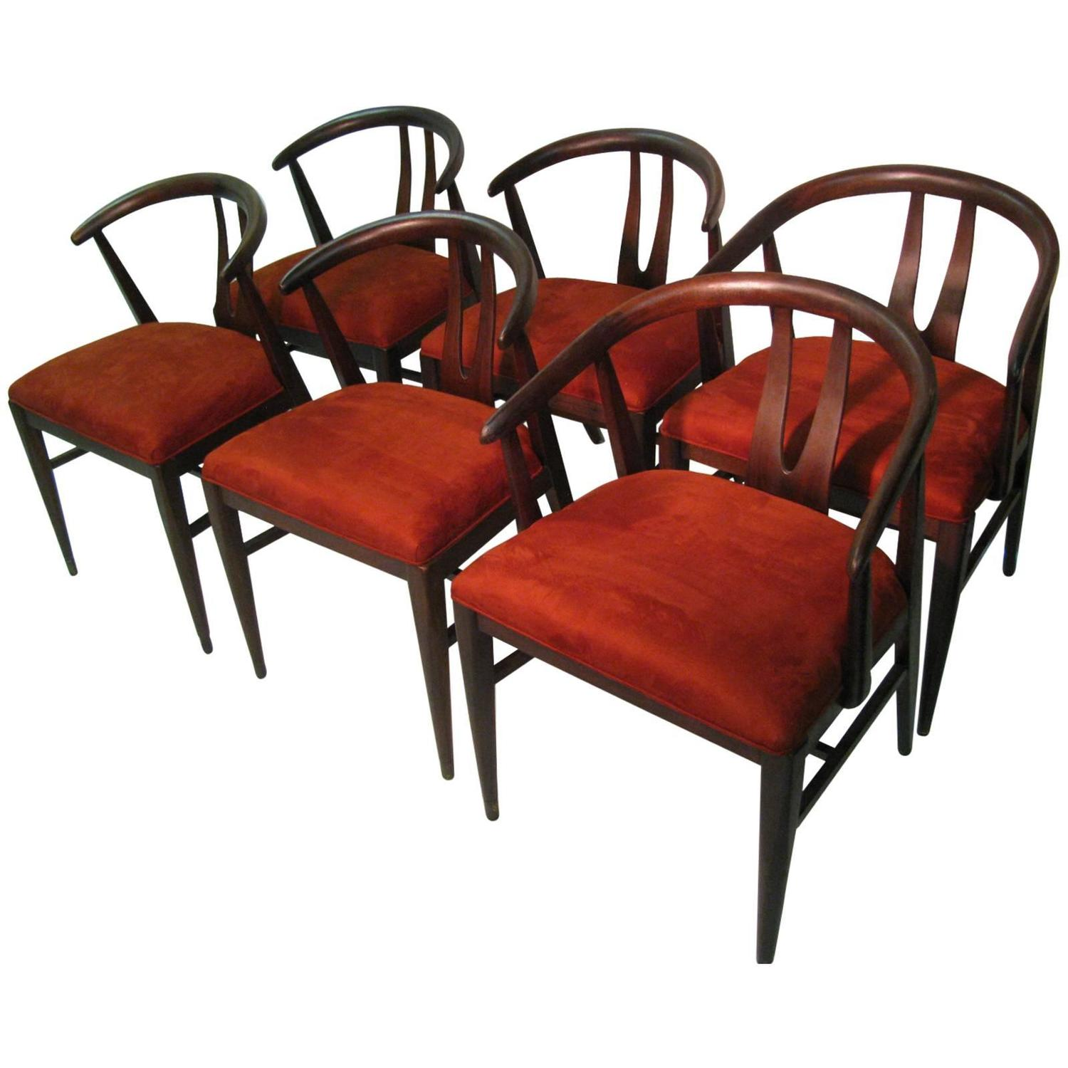 Set of Six Mid Century Modern Wishbone Chairs in the Style of Hans