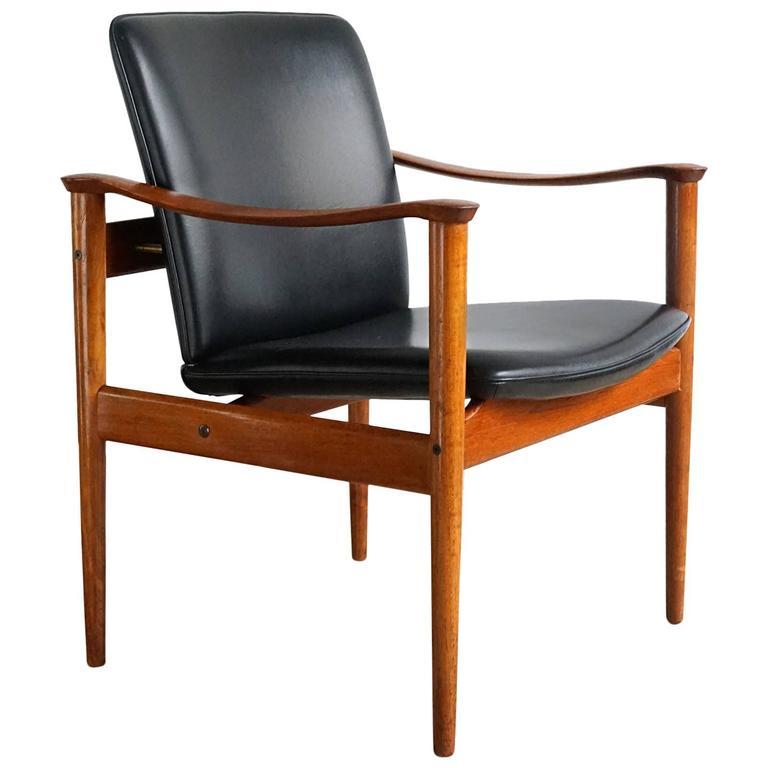 Fredrik Kayser Chair