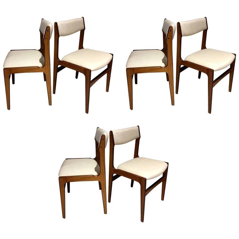 Set of Six Mid-Century Danish Rosewood Veneered Dining Chairs 1