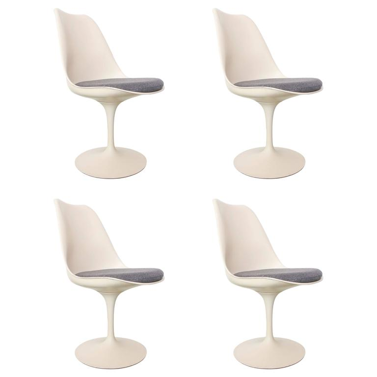 Four Saarinen for Knoll Dining Chairs