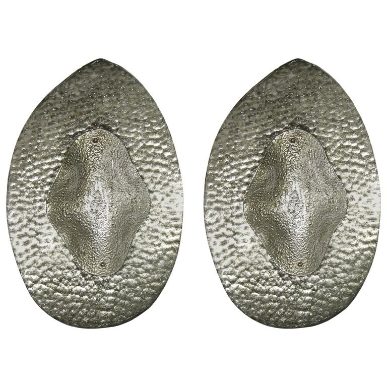 1990s Modern Italian Pair of Silver Finish Textured Murano Glass Concave Sconces For Sale
