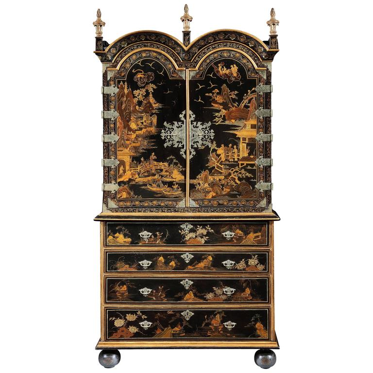 Queen Anne Japanned Secretaire Cabinet For Sale at 1stdibs