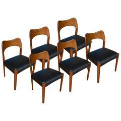 Set of Six Mid-Century Chairs