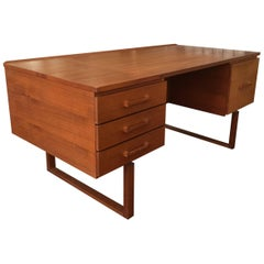 Henning Jensen and Torben Valeur Desk in Brazilian Rosewood