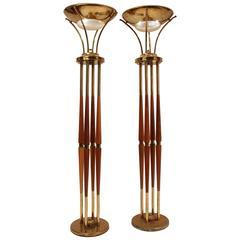 Brass & Walnut Torchere Attributed to Lightolier Mid-Century Modern, USA , 1950s
