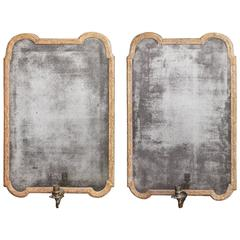 Very Fine and Extremely Rare Pair of Early 18th Century Gilt Gesso Girandoles