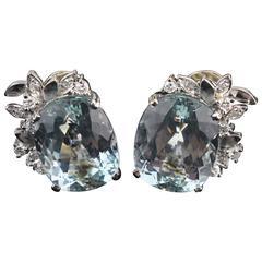Aquamarin Earrings, White Gold, 14-Carat