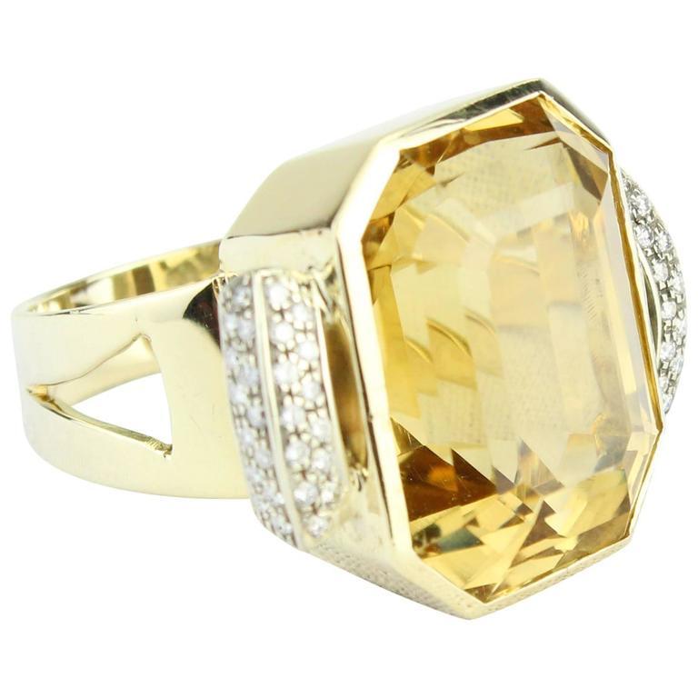 Citrine Ring, 14-Carat Yellow Gold with Diamonds
