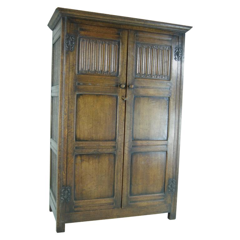 B390 Antique Scottish Two Door Linen Fold Oak Panelled Armoire Wardrobe Closet For