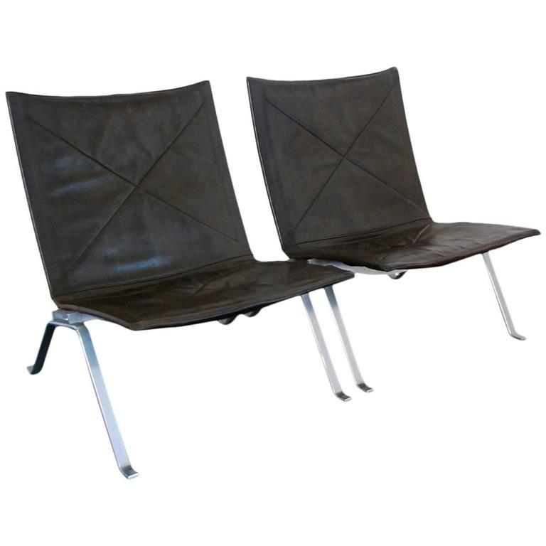 Poul Kjaerholm PK22 Pair Of Lounge Chair At 1stdibs