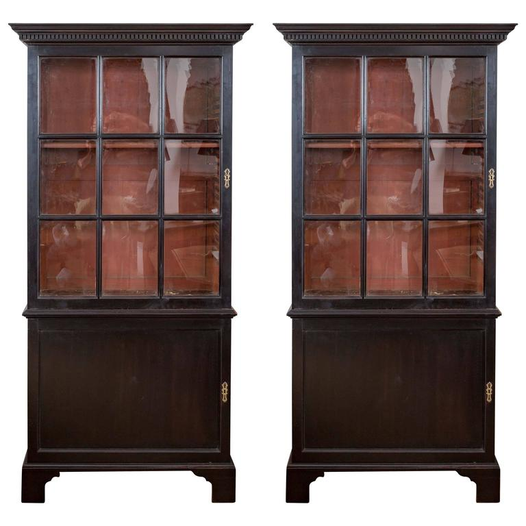 Pair of 18th Century Georgian Ebonized Bookcases, England, circa 1780-1790 1