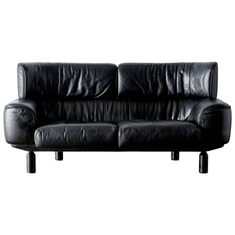 """Bull"" Black Leather Settee Sofa by Gianfranco Frattini for Cassina, 1987"