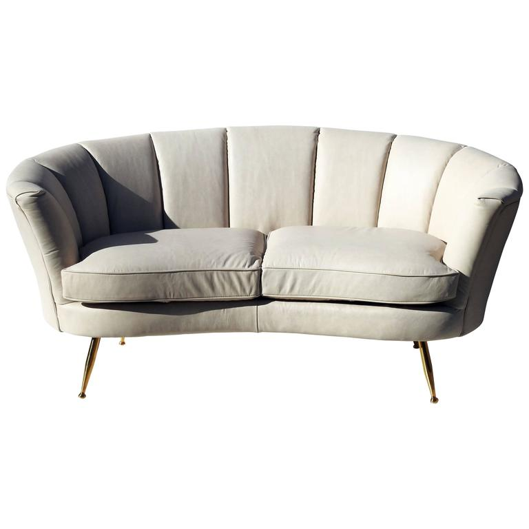 This italian leather modern design loveseat is no longer available