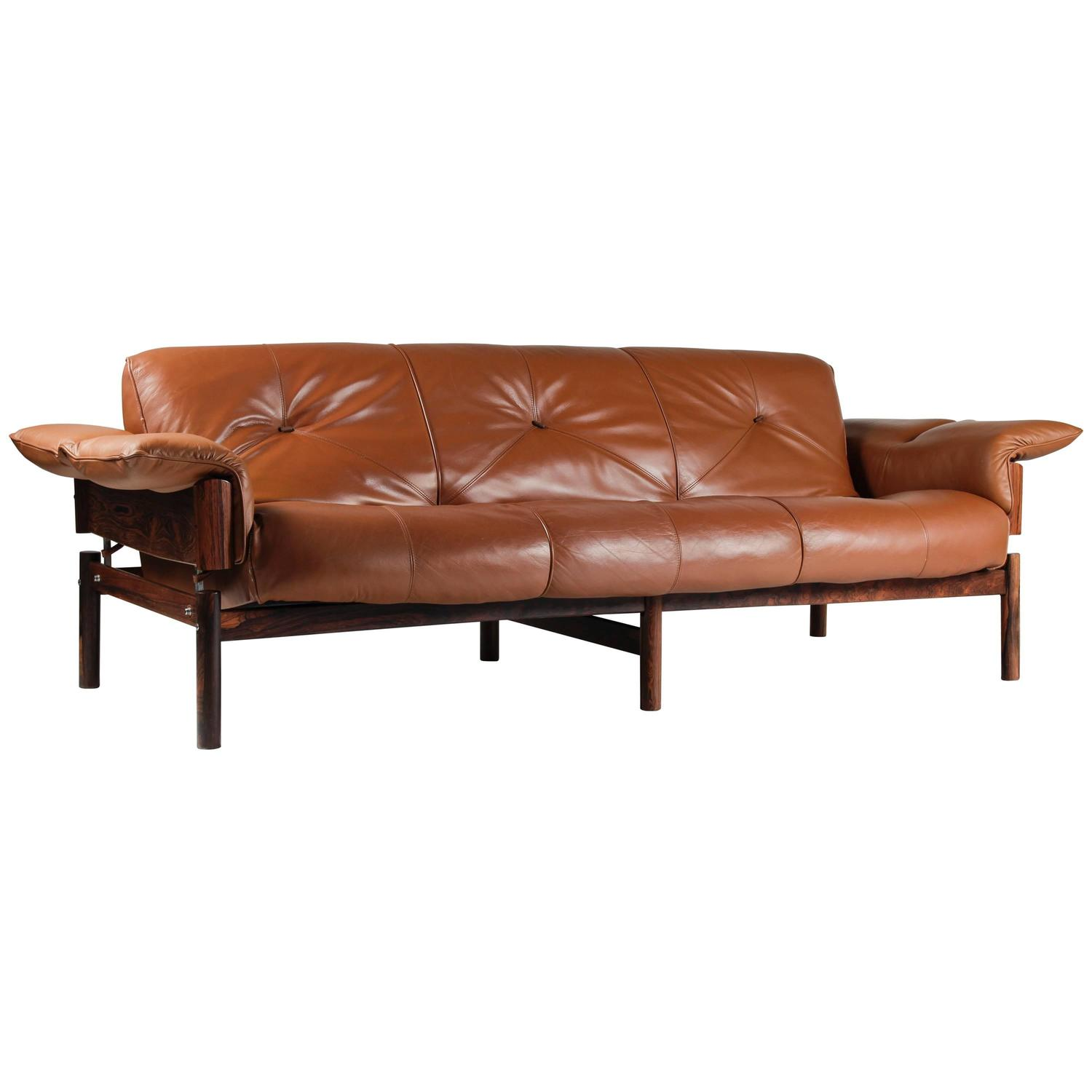 Mid Century Brazilian Sofa in Brown Leather and Rosewood by
