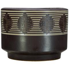 1960s Mid-Century Japan Architectural Pottery Leaf Sgraffito Geometric Planter