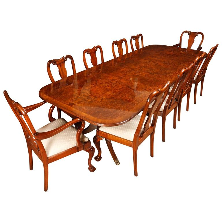 Walnut Dining Set Regency Style Table And Queen Anne Chairs Suite At 1stdibs