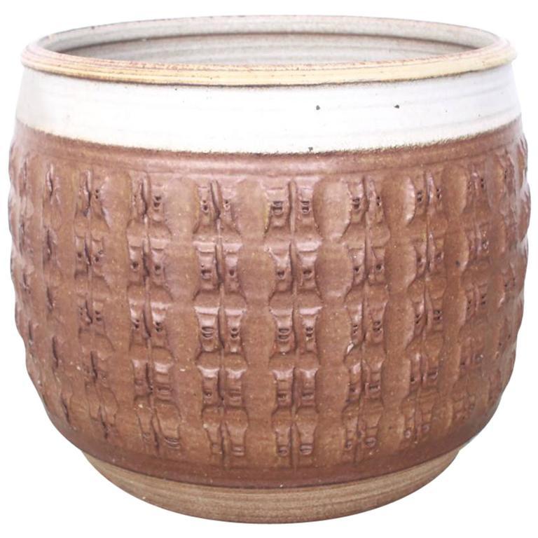 Textured Stoneware Bob Kinzie Planter Pot