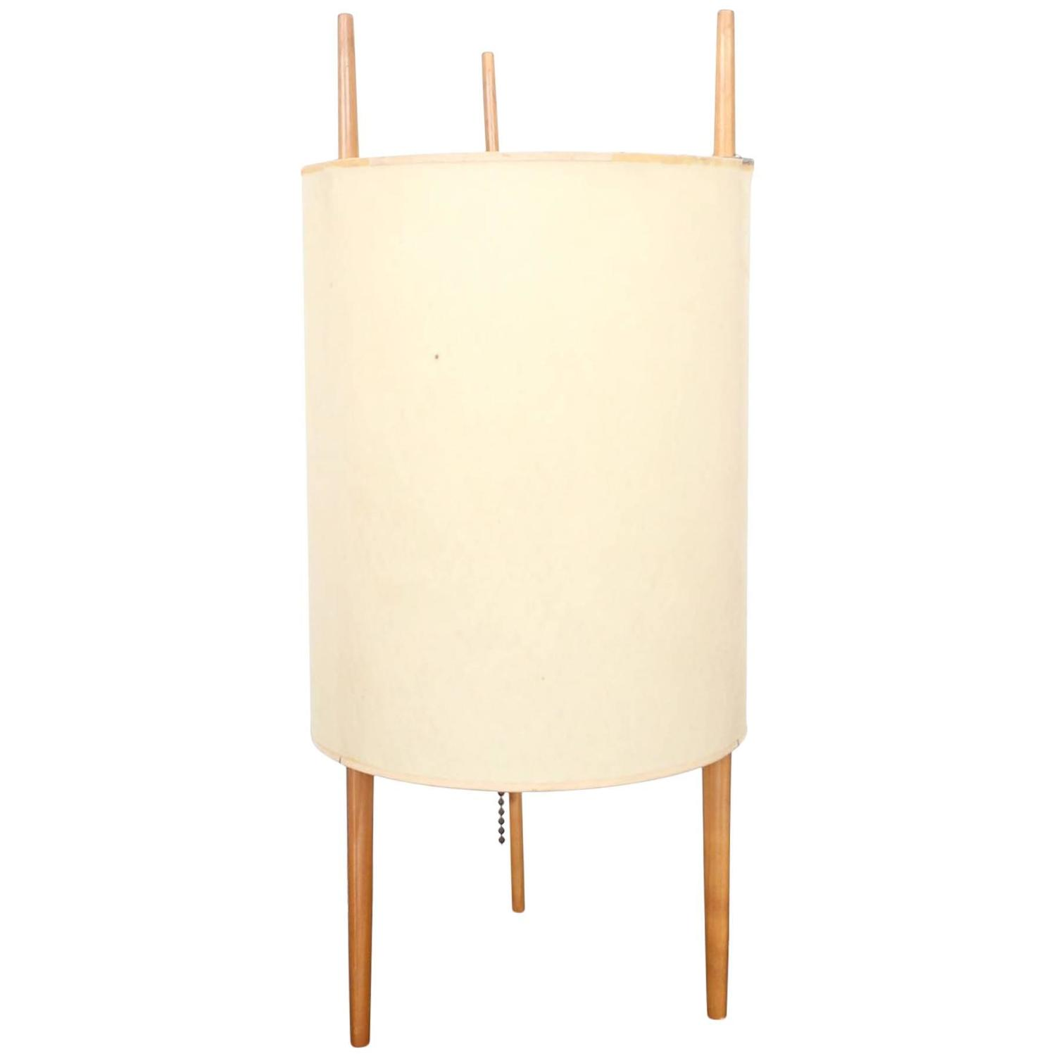 Noguchi Model 9 for Knoll, 1947 Table Lamp For Sale at 1stdibs