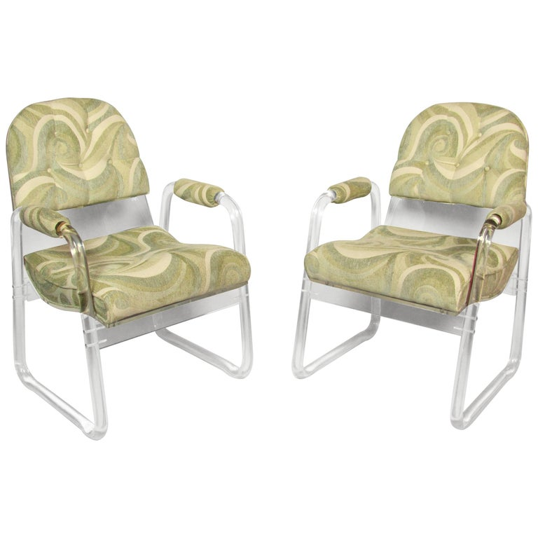 Pair of Lucite Lounge Chairs Hill Industries , circa 1970 For Sale