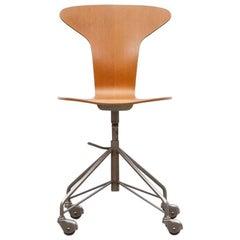 Arne Jacobsen Swivel Chair 'B'