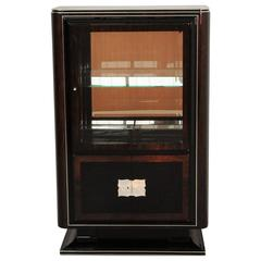 1930s Art Deco Vitrine with Walnut Details