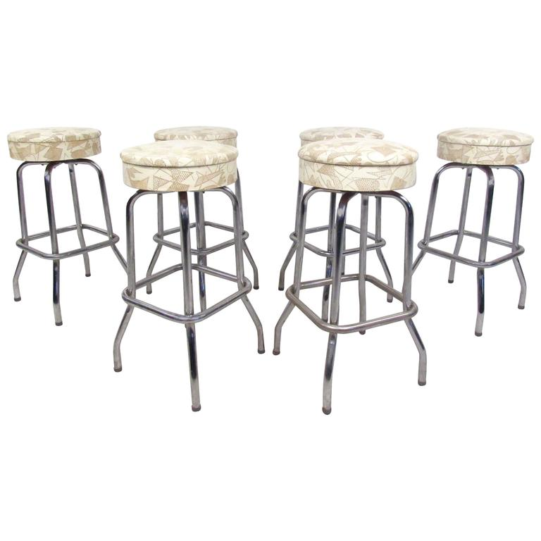 Set Of Six Mid Century Modern Chrome And Vinyl Swivel Barstools For