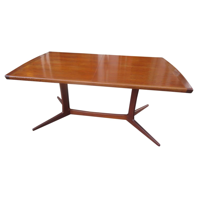 Rectangular dining table with leaf rectangular dining for Rectangular dining room tables with leaves