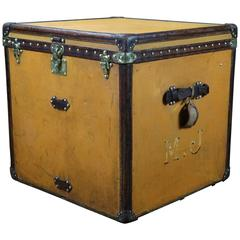 1910s Louis Vuitton Woman Hat Trunk