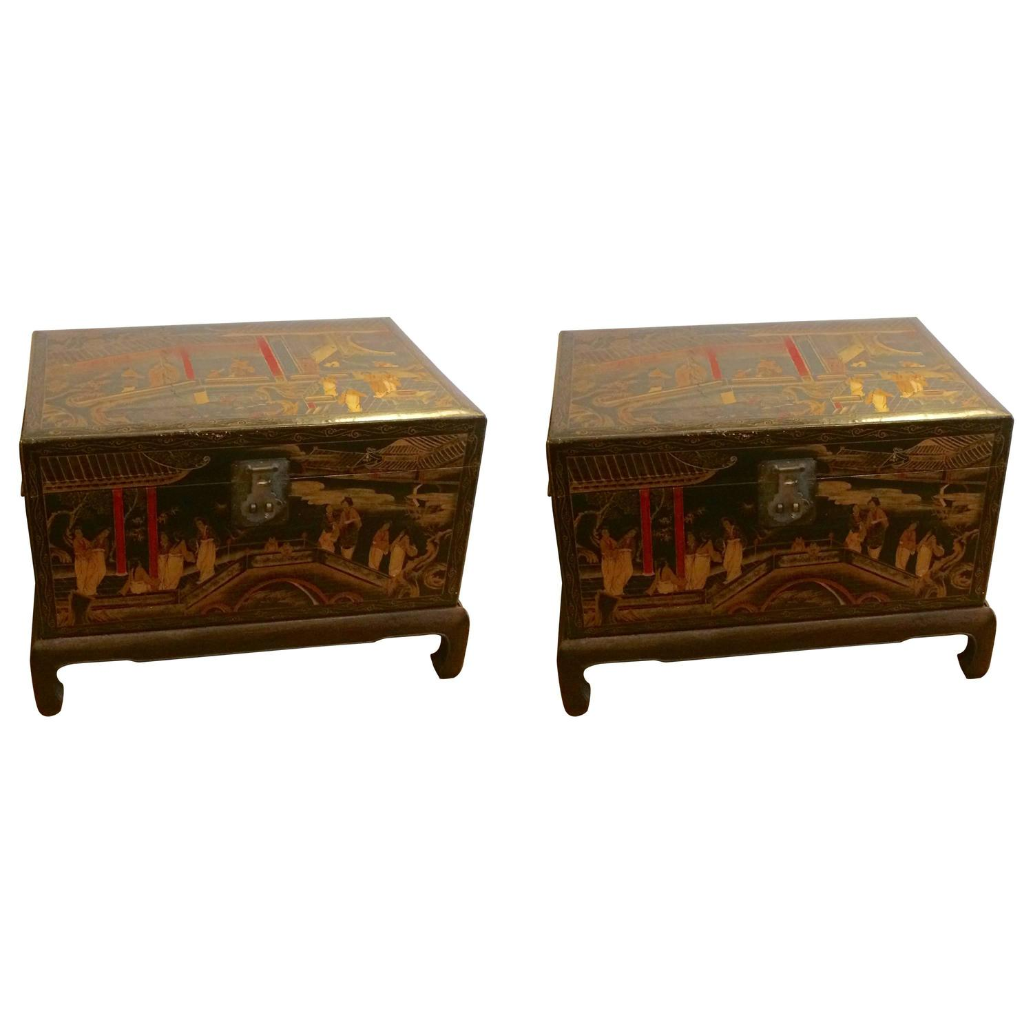 Wonderful Pair of Japanese Laquered Tea Boxes on Stands For Sale